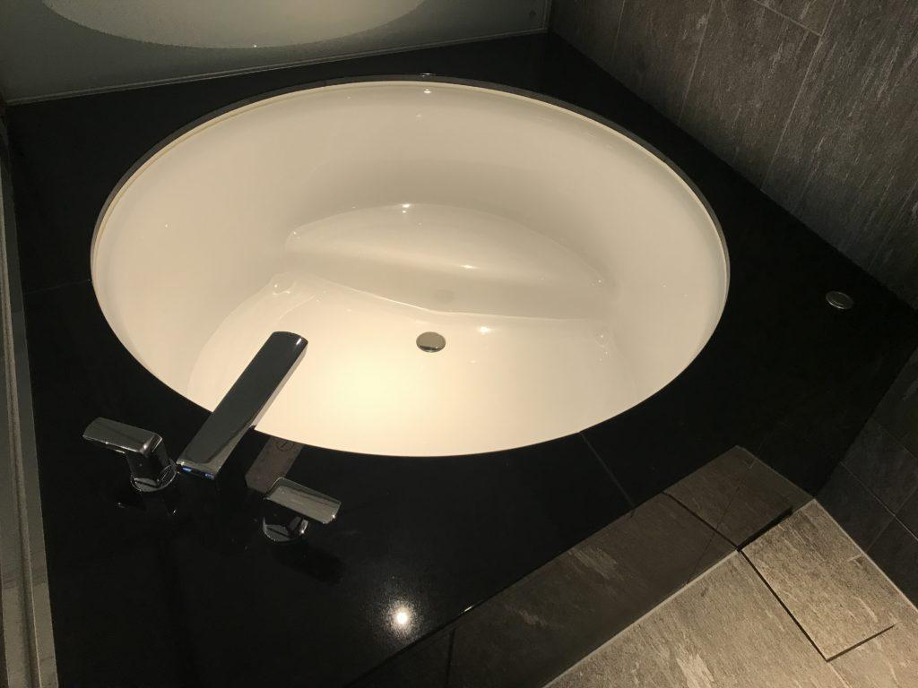 コンラッドのお風呂