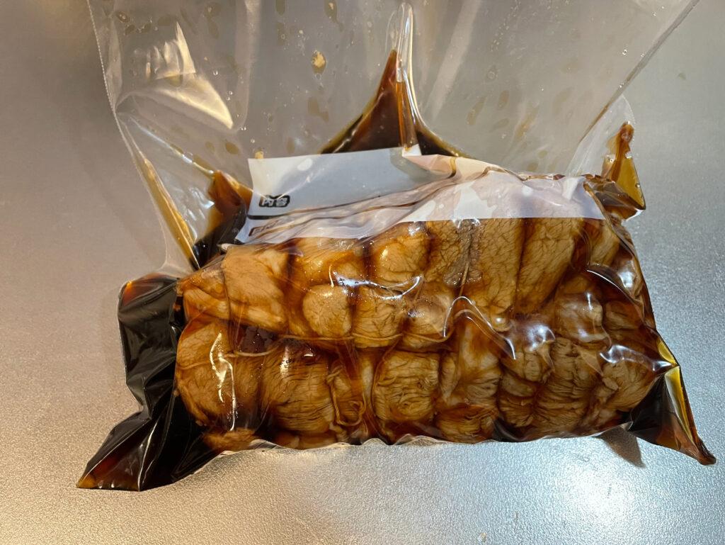 豚肩ロース肉でチャーシューを作る|密閉したジップロック
