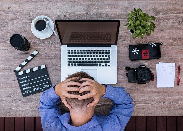 【利確早すぎ問題】株の売り時とは?失敗例と適切なタイミングを解説:ダブルスタンダードの事例